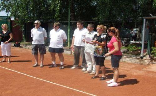 Jótékonysági tenisztorna