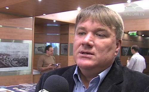dr. Szűcs Lajos, Pest Megye Közgyűlésének elnöke, az érdi fórumon