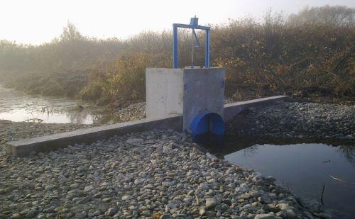 turjanvidek-vizszintszabalyozo-mutargy-az-oregturjanban-ocsa_20121206212925_41.jpg